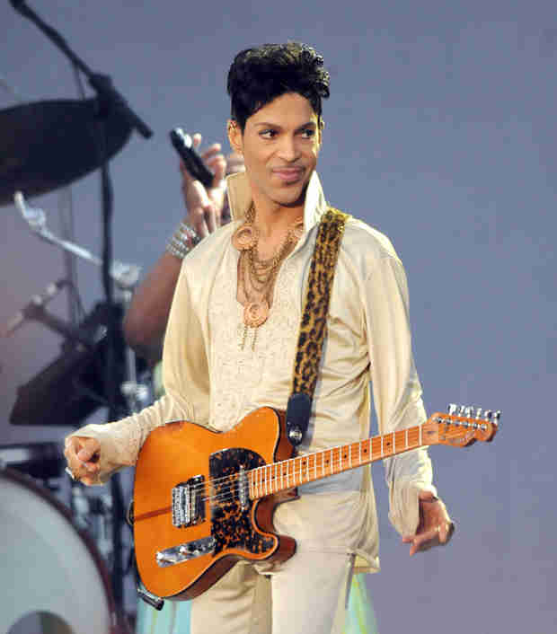 "Prince to Guest Star on New Girl, Teaches Nick and Jess ""Hip Tips"""