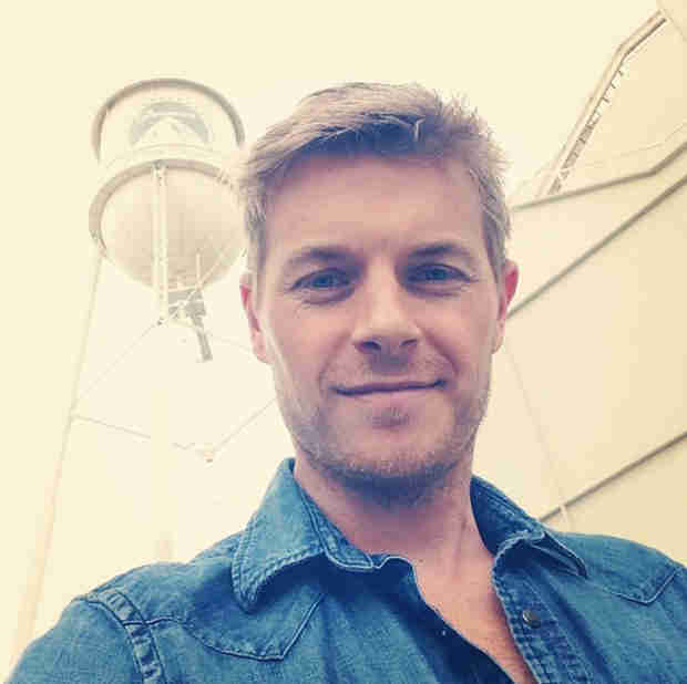 "Vampire Diaries' Rick Cosnett Says Dr. Wes Is ""Not Going Anywhere"" (PHOTO)"