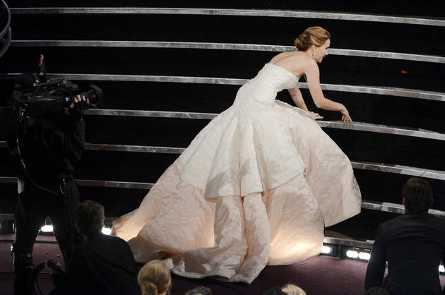 "Jennifer Lawrence Explains Her Oscars Fall: ""I Was Thinking About Cake!"""