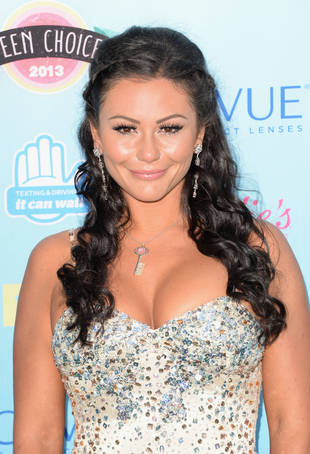 Pregnant JWOWW Shows Off Baby Bump During Day With Snooki in NYC (PHOTO)