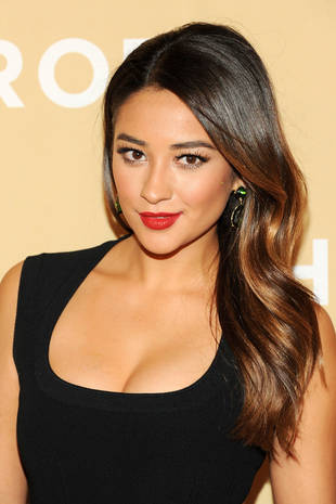 Pretty Little Liars Star Shay Mitchell Shares Her Favorite Moments of 2013 (VIDEO)