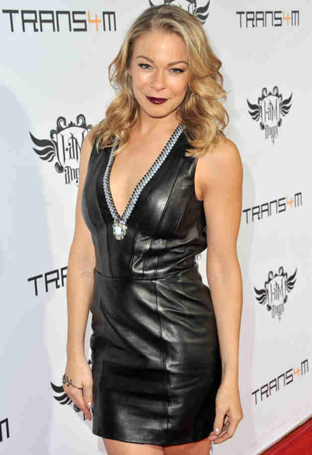 LeAnn Rimes Goes Vampire Chic in Little Black Leather Dress (PHOTO)