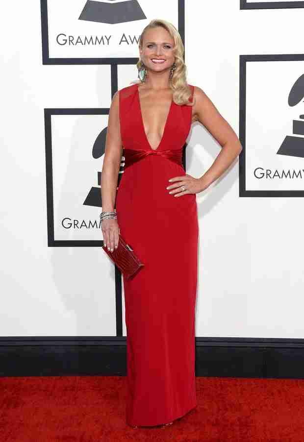 Miranda Lambert Shows Off Weight Loss in Red Hot Gown at 2014 Grammys (PHOTO)