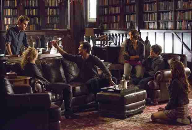 "Vampire Diaries 100th Episode Spoilers: Final Scene Is One of the ""Best Twists Ever"""