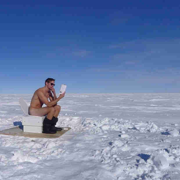 See Alexander Skarsgard Naked at the South Pole! (PHOTO)