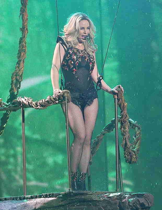 Britney Spears's Vegas Residency Already Outselling Celine Dion, Elton John, and More!