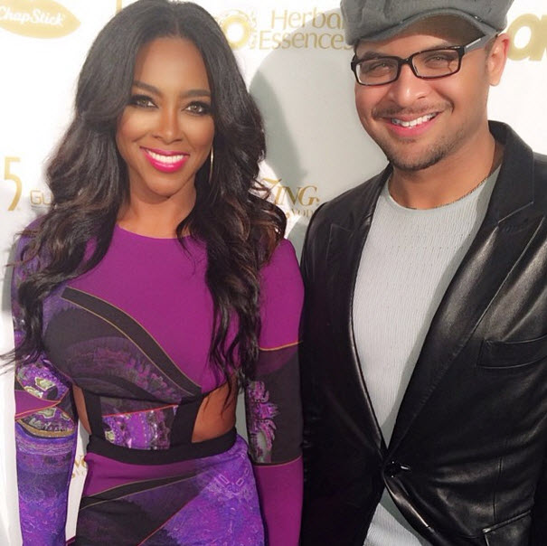 "Kenya Moore Calls Brandon DeShazer ""My Hero"" (PHOTO)"