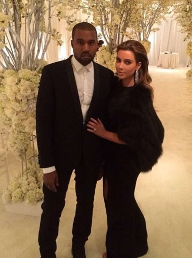 Kim Kardashian Looks Wedding-Ready in New Pic With Kanye West
