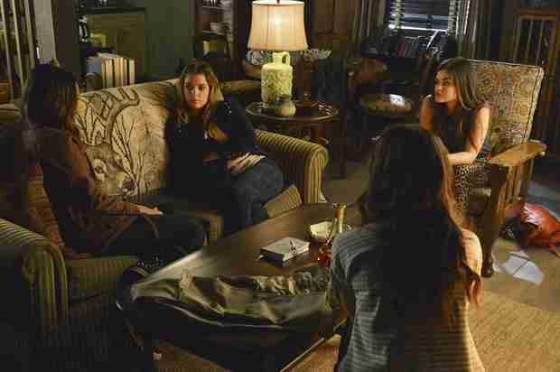 "Pretty Little Liars Spoilers Roundup: Season 4, Episode 15 — ""Love ShAck, Baby"""