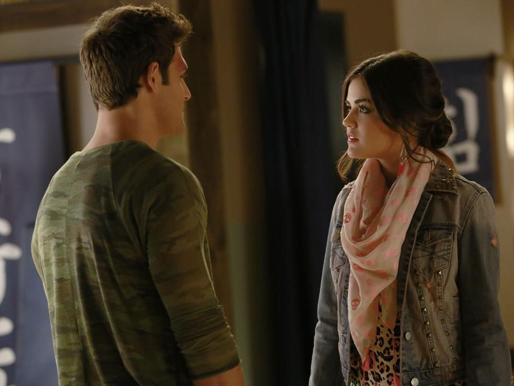 Pretty Little Liars Burning Question: Will Aria Break Up With Jake?