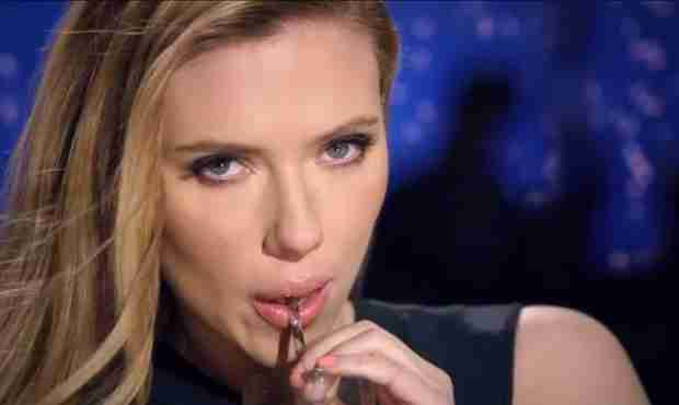 Scarlett Johansson Sticks Up For SodaStream and Ends Partnership With Oxfam
