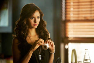 "The Vampire Diaries Spoilers: Katherine Is ""Such an Evil Little S—t"" in Season 5, Episode 12"
