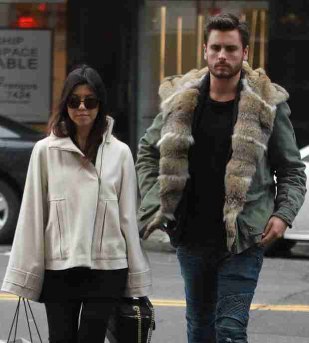 Kourtney Kardashian Helping Scott Disick Plan Father's Funeral — Report