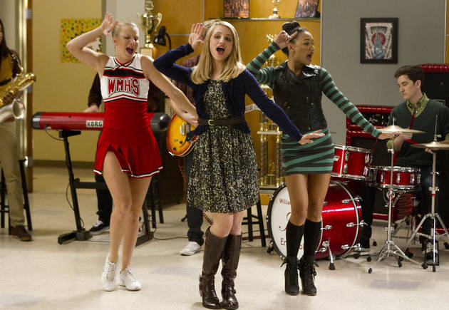 Glee's 100th Episode: Brittany, Santana, and Quinn to Sing Britney Spears?