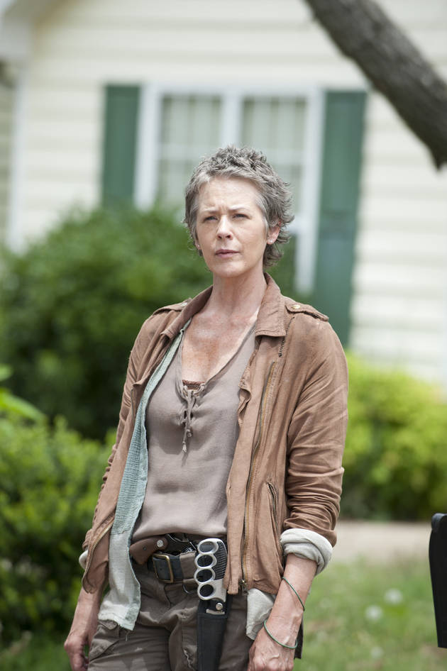 The Walking Dead Season 4: Carol's Hand on a Gun in New Promo? (VIDEO)