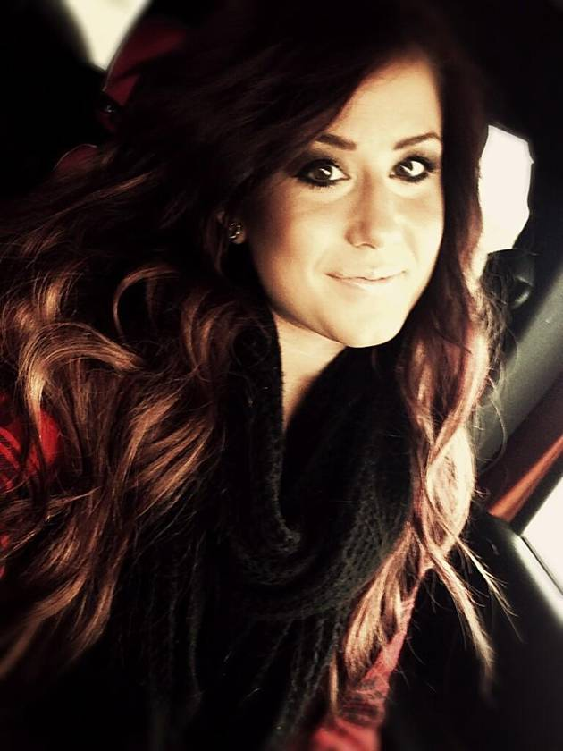 Chelsea Houska Dyes Her Hair Bright Red — Love It or Leave It? (PHOTO)