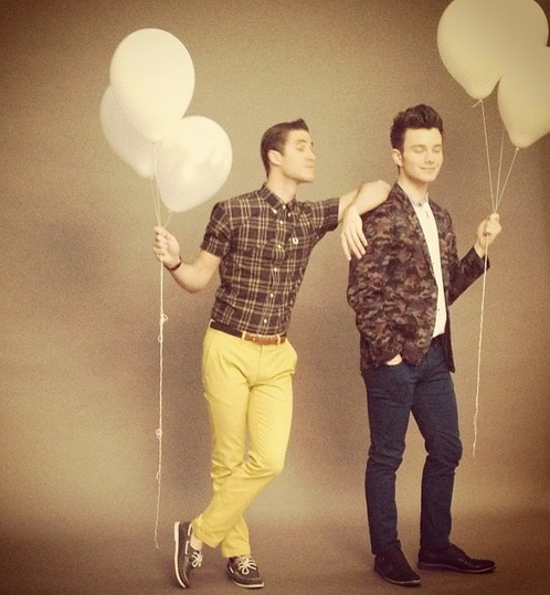 Glee 100th Episode Spoiler Photo: Kurt and Blaine's Cute Scene — With Balloons!
