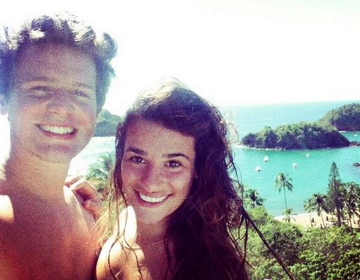 Lea Michele and Shirtless Jonathan Groff: Besties Trip to Mexico (PHOTOS)