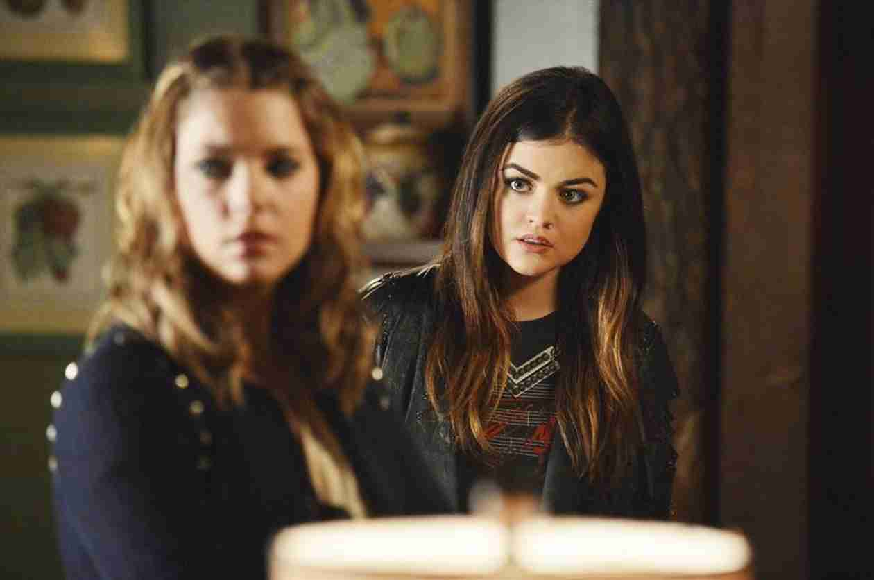"Pretty Little Liars Season 4, Episode 15: 10 Burning Questions — Does ""EF"" Refer to Ezra Fitz?"