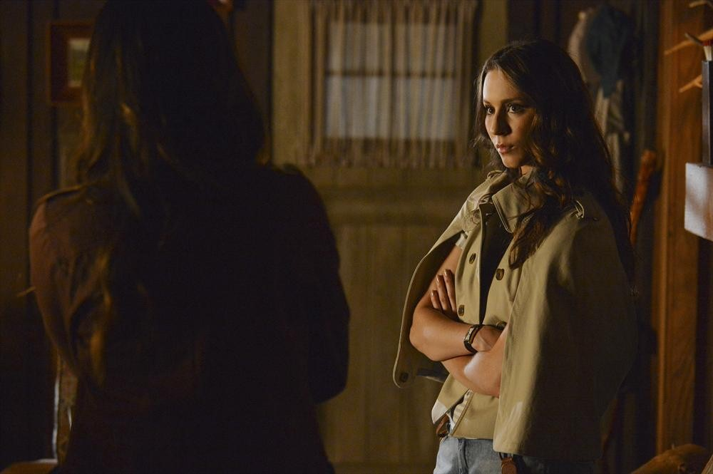 Pretty Little Liars Season Season 4, Episode 15  Review — Ezra Gets His Creep On