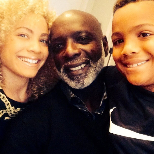 Peter Thomas Spent Christmas With His 10-Year-Old Son (PHOTOS)