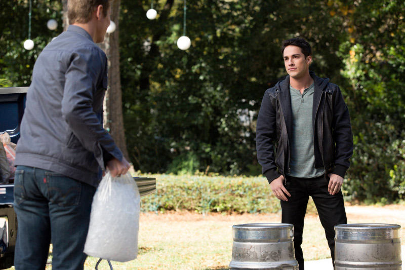 Vampire Diaries Season 5, Episode 12 Sneak Peek: Will Tyler Win Back Caroline?