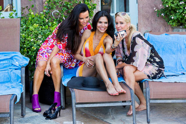 What Does Joyce Giraud REALLY Think About Kyle Richards? (VIDEO)