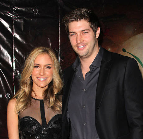 Pregnant Kristin Cavallari Shows Off Big Baby Bump at Gym (PHOTO)