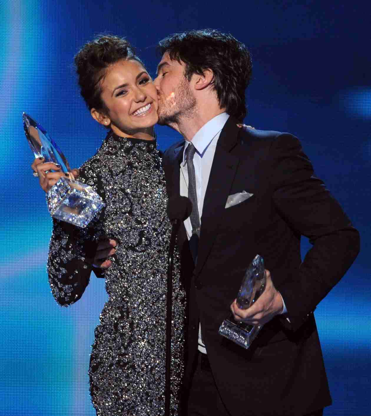 Ian Somerhalder Kisses Nina Dobrev's Cheek After People's Choice Award Win! (PHOTO)