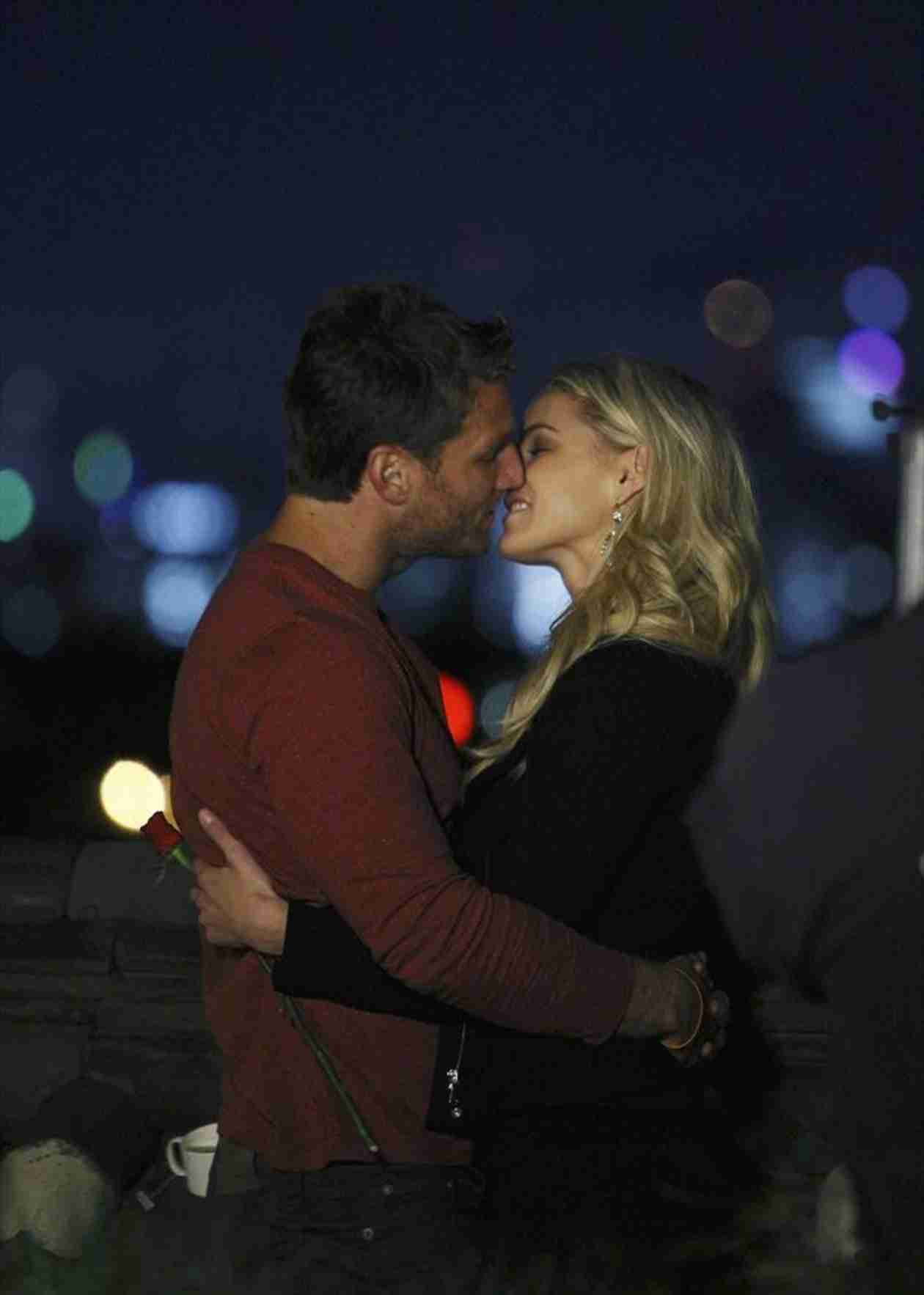 Juan Pablo Galavis's Bachelor Blog: Why Nikki Ferrell Got the Group Date Rose