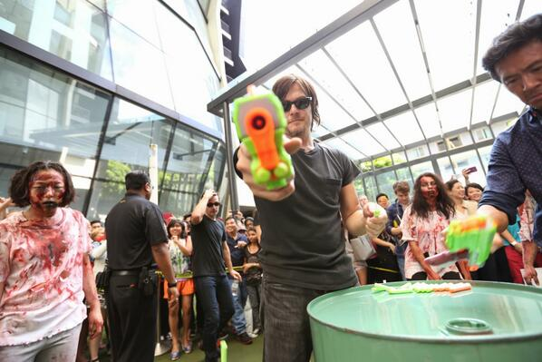 The Walking Dead's Norman Reedus and Andrew Lincoln Get Bromantic in Singapore (PHOTOS and VIDEO)