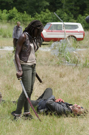 The Walking Dead Season 4: Robert Kirkman Talks Hershel's Severed Head, Why Michonne Went Back to the Prison