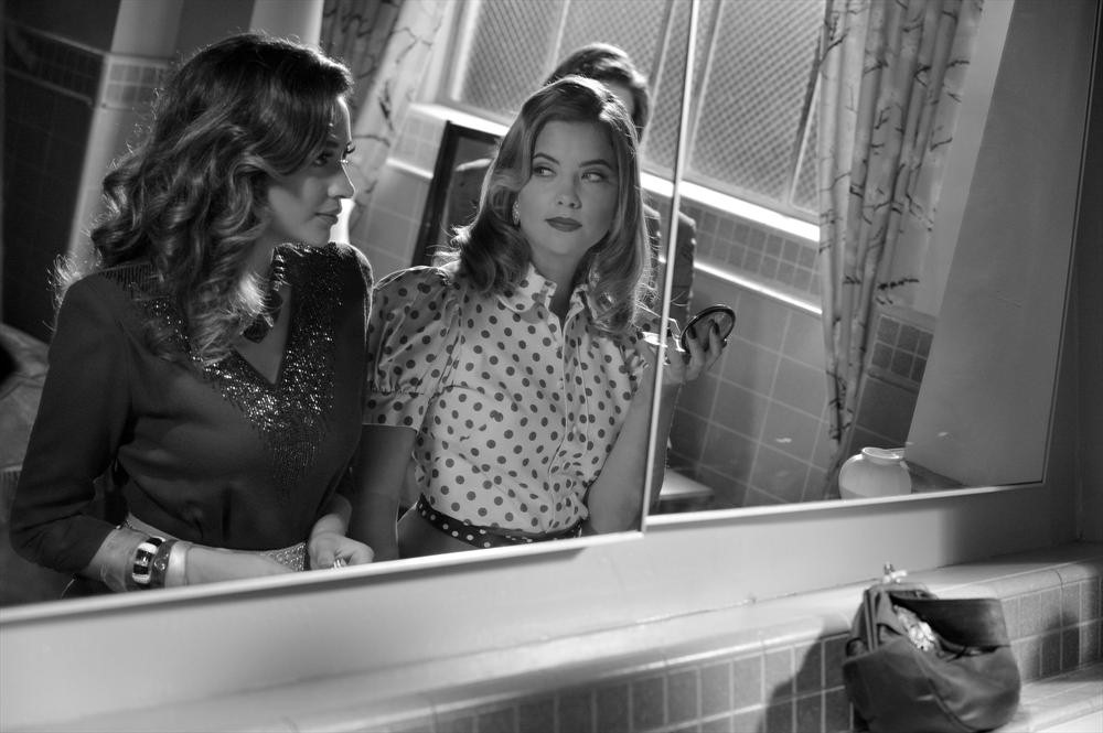 Pretty Little Liars Season 4, Episode 19 Sneak Peek: The Mona-Fitz Connection (VIDEO)
