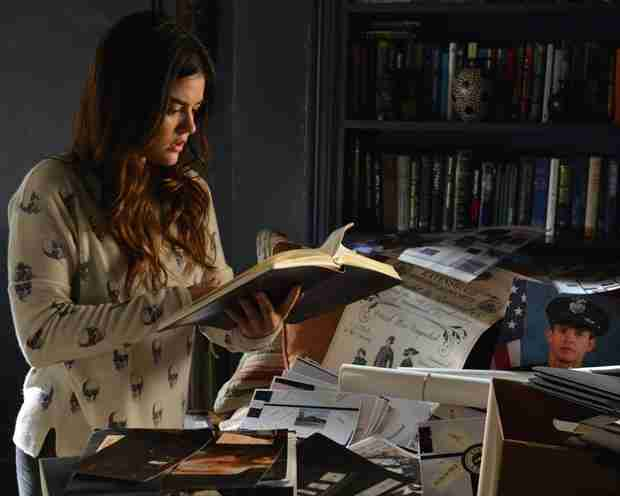 "Pretty Little Liars Recap: Season 4, Episode 21 — ""She's Come Undone"""