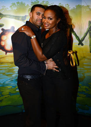 Phaedra Parks Catches Apollo Nida Flirting With Kenya Moore in Mexico! (VIDEO)