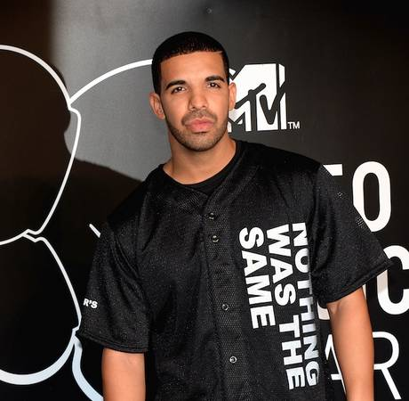 "Drake Loses Magazine Cover to Philip Seymour Hoffman — Calls The Press ""Evil"""
