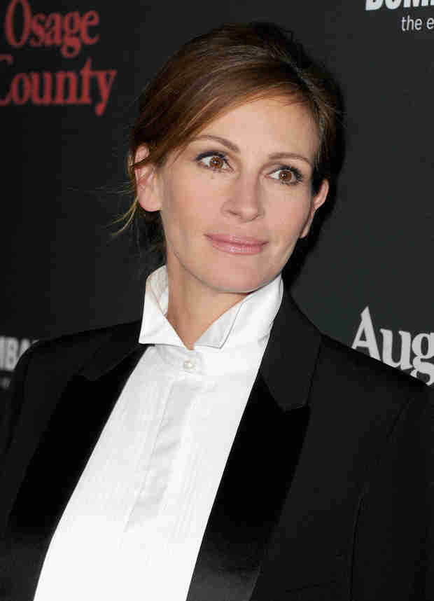 Julia Roberts's Half-Sister Nancy Motes Dies of Apparent Drug Overdose at 37