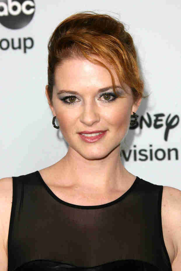 See Grey's Anatomy's Sarah Drew in Hilarious Scene From Mom's Night Out (VIDEO)