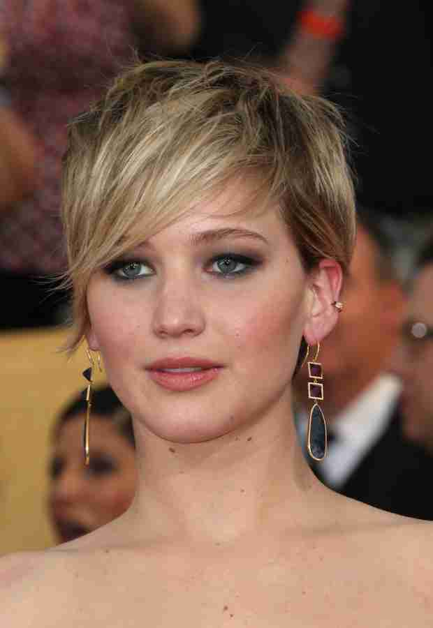 "Jennifer Lawrence Wants an Acting Break: ""I'm Going to Turn My Phone Off For a Year!"" (VIDEO)"
