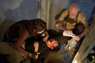 """The Walking Dead Season 4: Maggie's Mission Is to Find Glenn, She's """"So Certain"""" He's Alive (VIDEO)"""