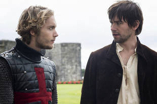 Reign Shocker: Heartbroken Francis Hooks Up with [Spoiler] — Sorry, Mary!