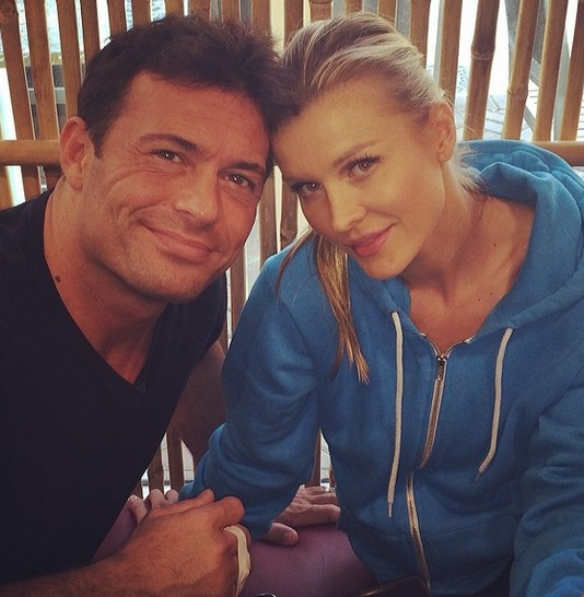 Joanna Krupa and Romain Zago Celebrate 7 Years Together! (PHOTO)