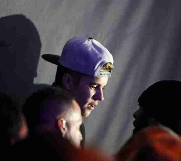 Justin Bieber Chats With Blonde at Maxim Super Bowl Party, Stays Until 4 AM (PHOTO)