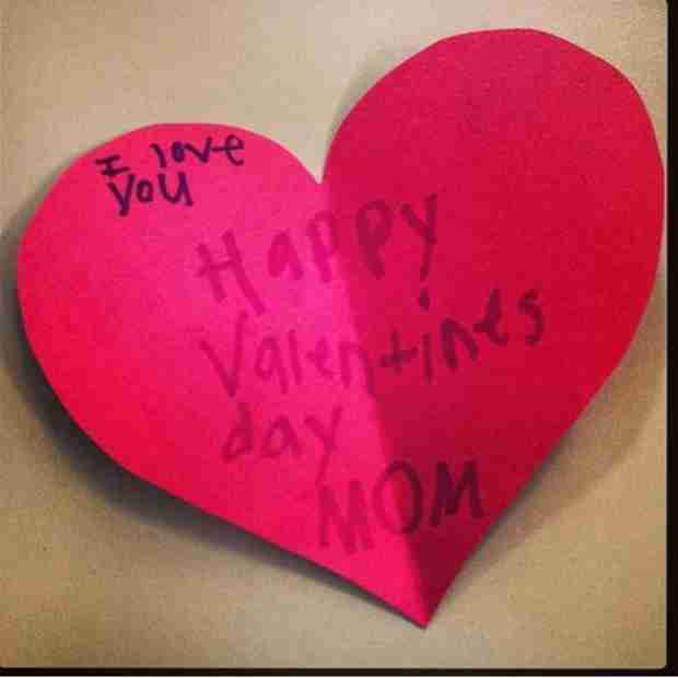 Bachelor Babe Renee Oteri Gets a Super Sweet Valentine — From Whom?