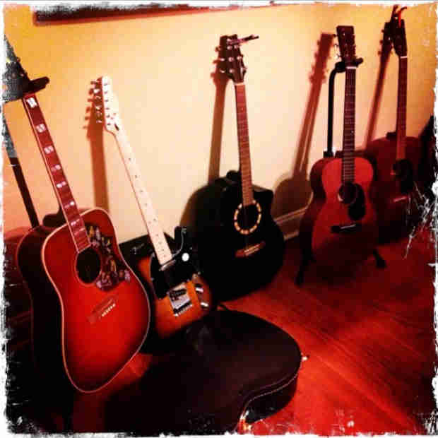 Vampire Diaries' Ian Somerhalder Shows Off Impressive Guitar Collection (PHOTO)
