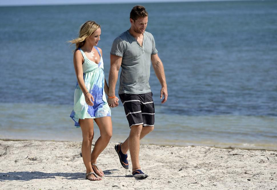 Is Bachelor 2014's Clare Crawley on Twitter?