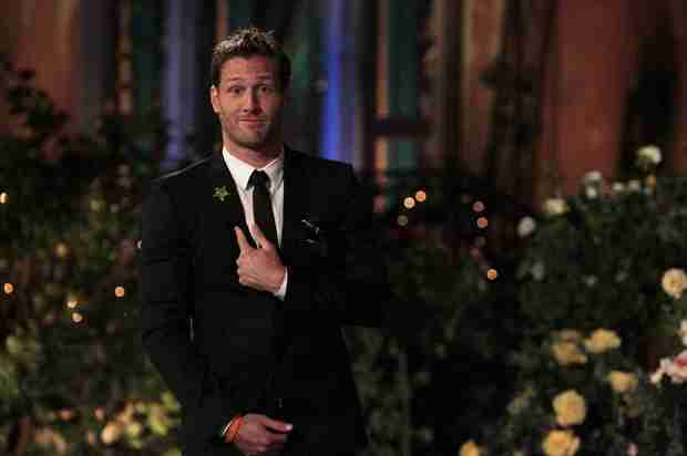 Juan Pablo Galavis Nude Selfie Circulating From Season 18 Winner! Report