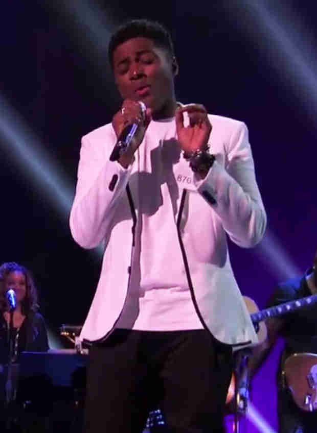 "American Idol 2014 Spoilers: Watch Neco Starr Sing ""Halo"" in Hollywood Week Final Performances"