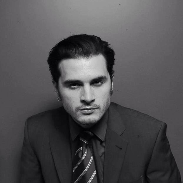 Vampire Diaries' Michael Malarkey Wishes You a Happy Valentine's Day With a Sexy Song (VIDEO)