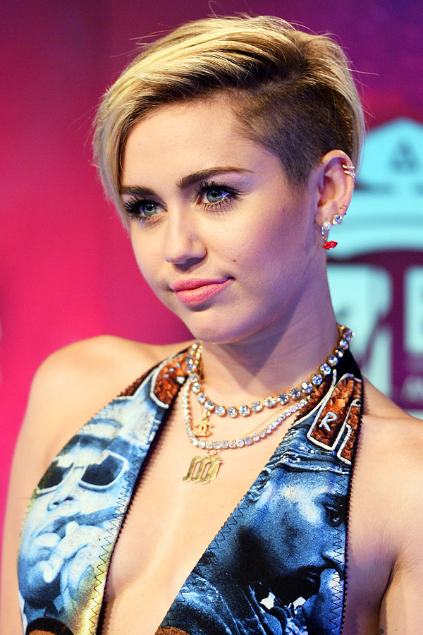 Miley Cyrus's Throwback TV Commercial — She Looks So Young! (VIDEO)